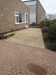 shingled area beside driveway pagham 8