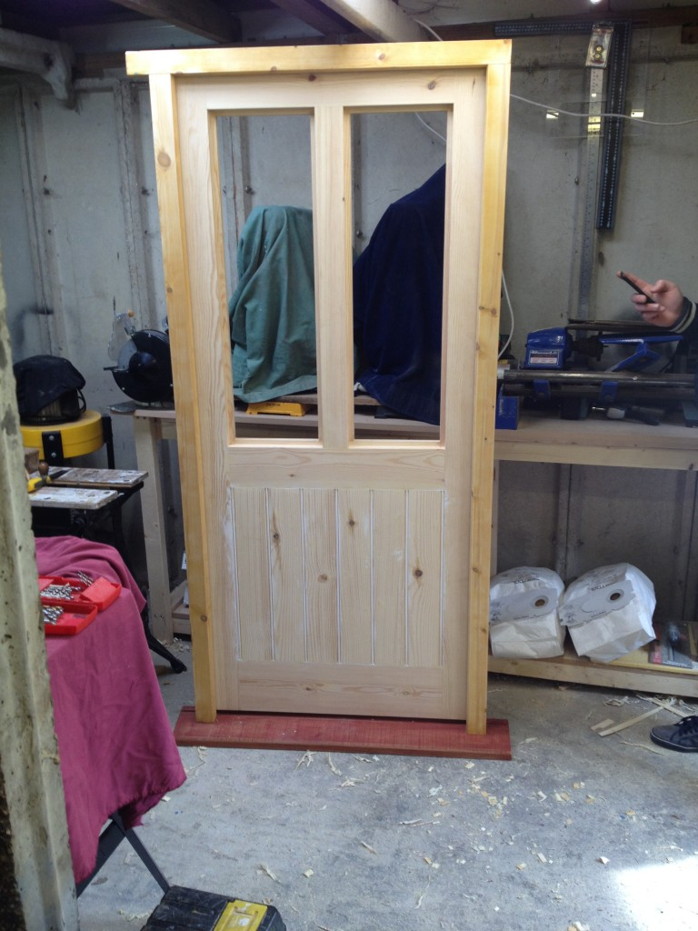 This cottage in Bognor Regis was in need of a new front door and frame which would suit the property better than the existing. M.J Carpentry \u0026 Joinery had ... & Cottage Door \u0026 Frame in Bognor Regis | MJ Carpentry \u0026 Joinery